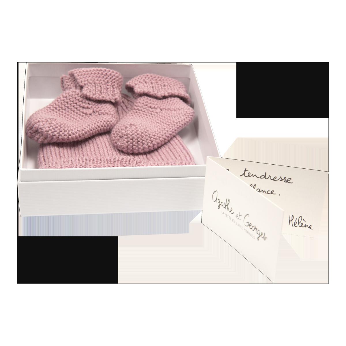 Coffret Naissance bonnet et chaussons roses en laine - Agathe et ... 917e040f0fa