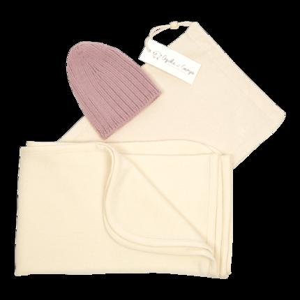 cadeau de naissance-maternité-vetement de bebe-bonnet-couverture en laine merinos-ecru-rose-layette-douce-chaude