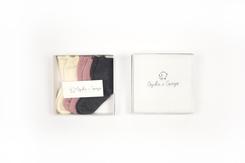 vetement de bebe-chaussettes-en laine merinos-ecrues-roses-grises-cadeau de naissance-douce-maternité