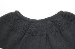 vêtement de bebe-layette-brassiere en laine merinos-grise-douce-naturel