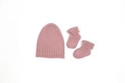 cadeau de naissance-vetement de bebe-layette-chaussons-bonnet-en-laine-merinos-rose-douce-maternite.jpg